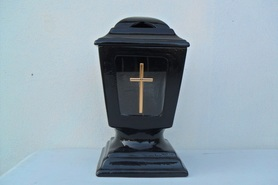 Znicz Ceramiczny z krzyżem na podstawie