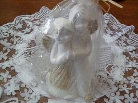 Para Aniołków z gipsu - chłopiec i dziewczynka