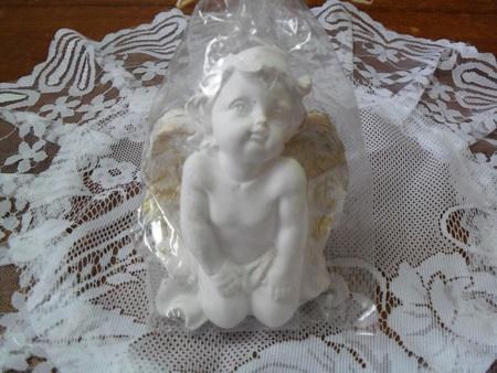 Mały Aniołek z gipsu - dziecko (1)