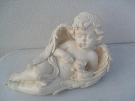 Mały leżący Aniołek