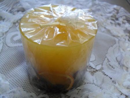 Świeca zapachowa z suszonymi owocami (1)
