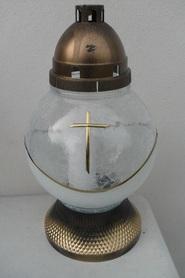 Znicz kula z mrożonego szkła z krzyżem